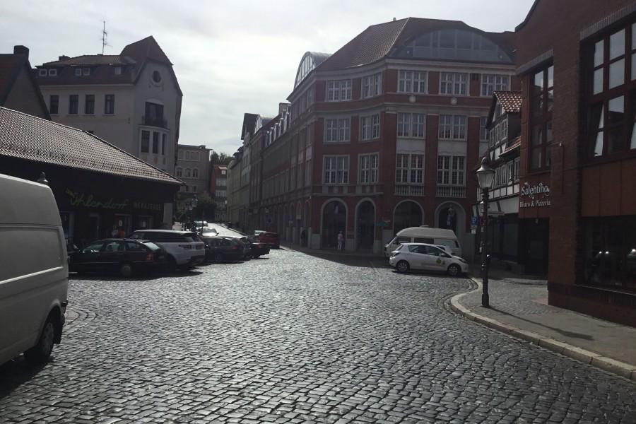 Wiederaufbau Des Ackerhofportals Im Magniviertel Verwaltung Kündigt