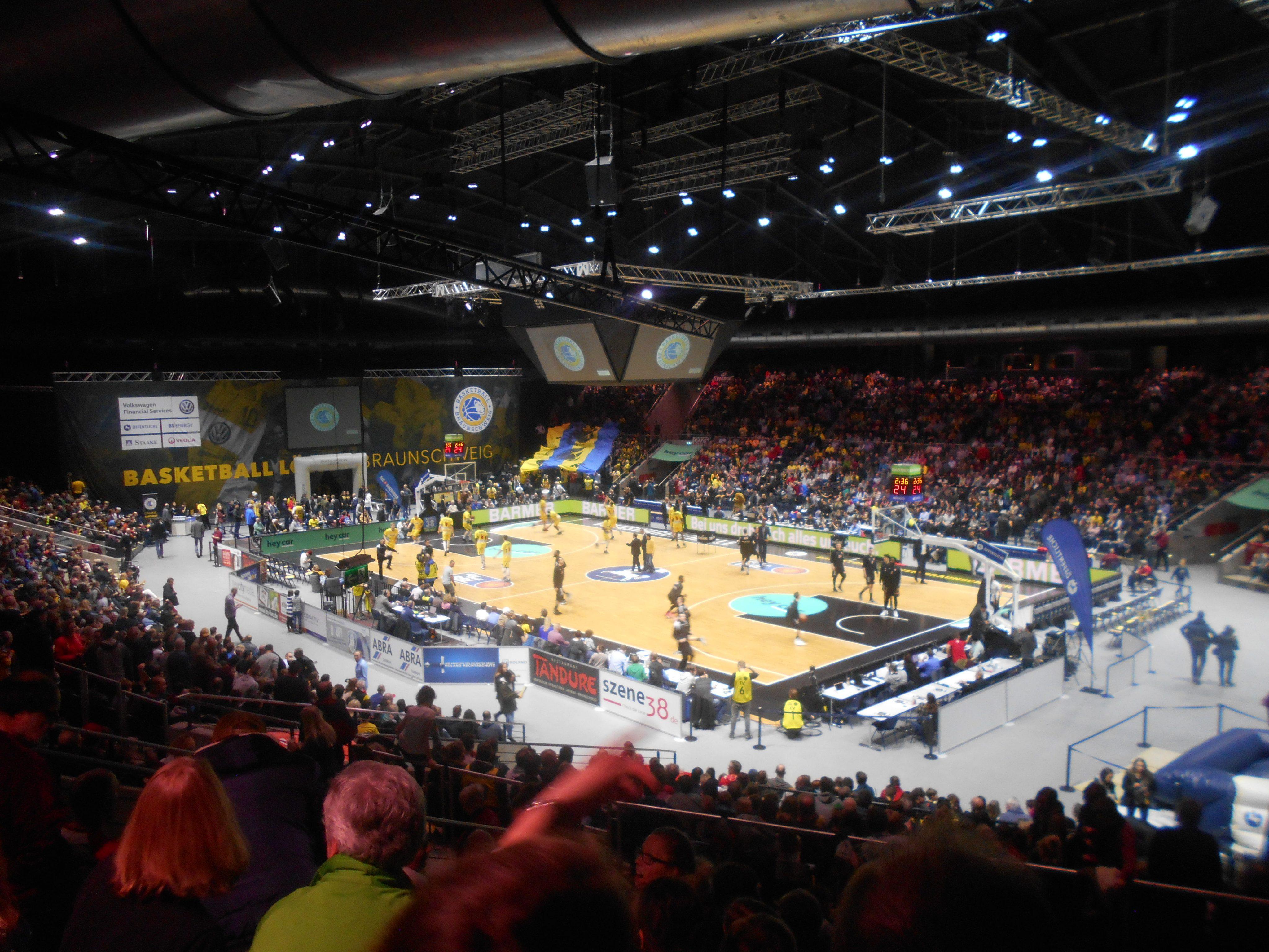 Tunica Halle Braunschweig